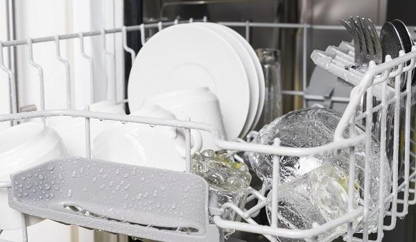 dishwasher isn't drying dishes